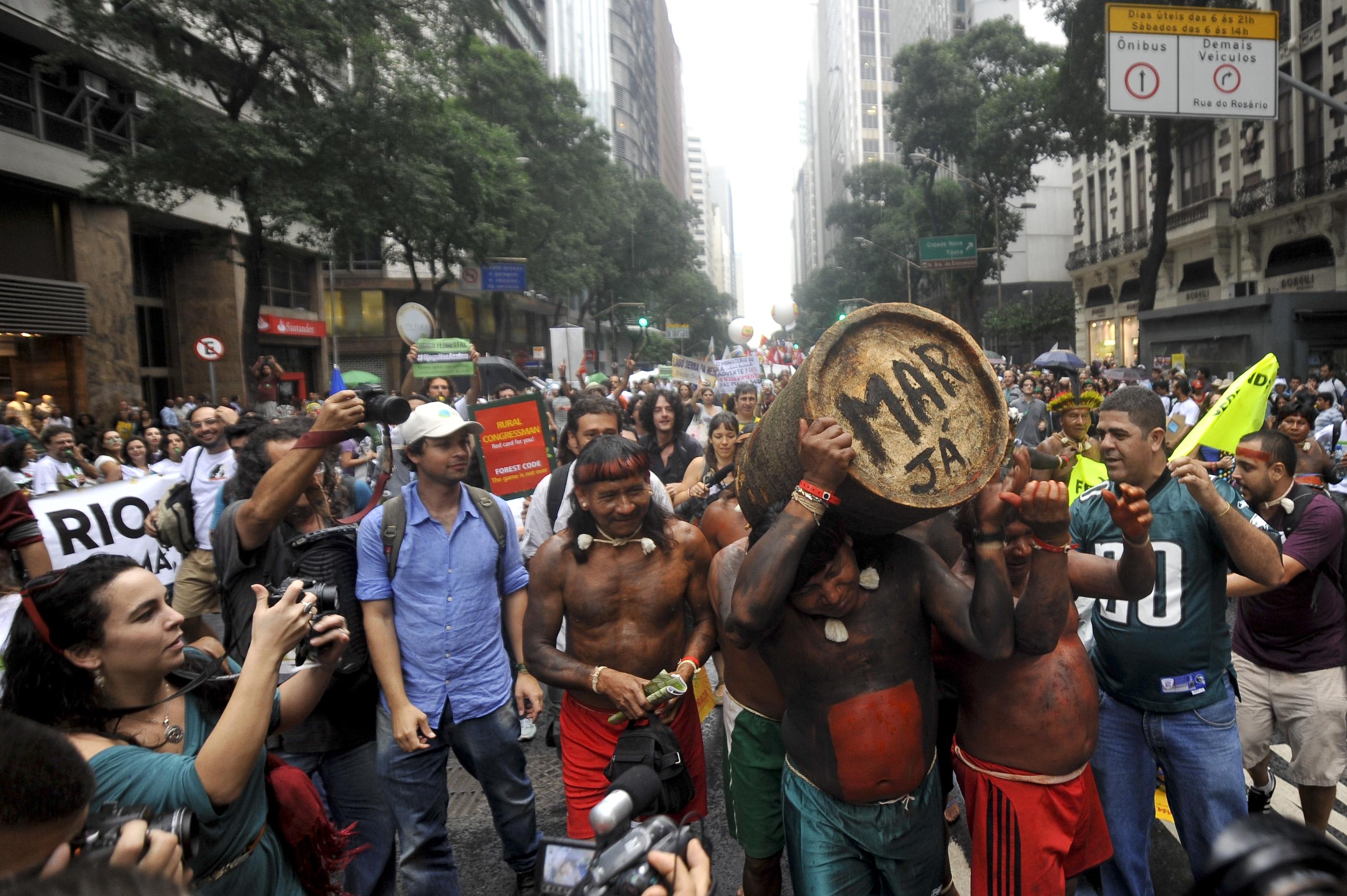 Rio de Janeiro - Manifestação contra o Código Florestal