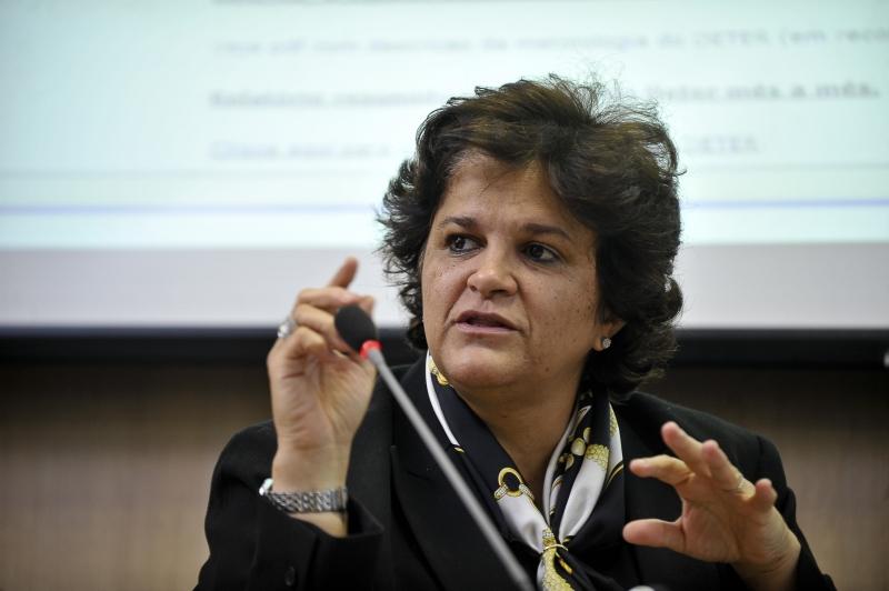 A ministra do Meio Ambiente, Izabella Teixeira