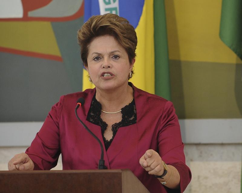 Brasília - A presidenta Dilma Rousseff na 39ª Reunião Ordinária do Conselho de Desenvolvimento Econômico e Social (CDES). Foto: Wilson Dias/ABr