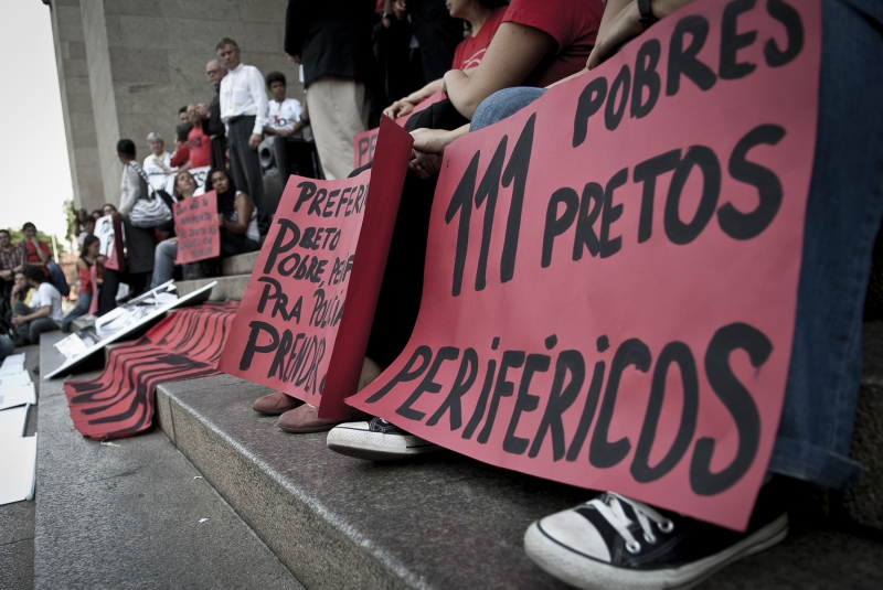Movimentos sociais e a Pastoral Carcerária em ato na Praça da Sé, no centro da capital paulista em 2012, para relembrar o Massacre do Carandiru. Foto: ABr/Marcelo Camargo