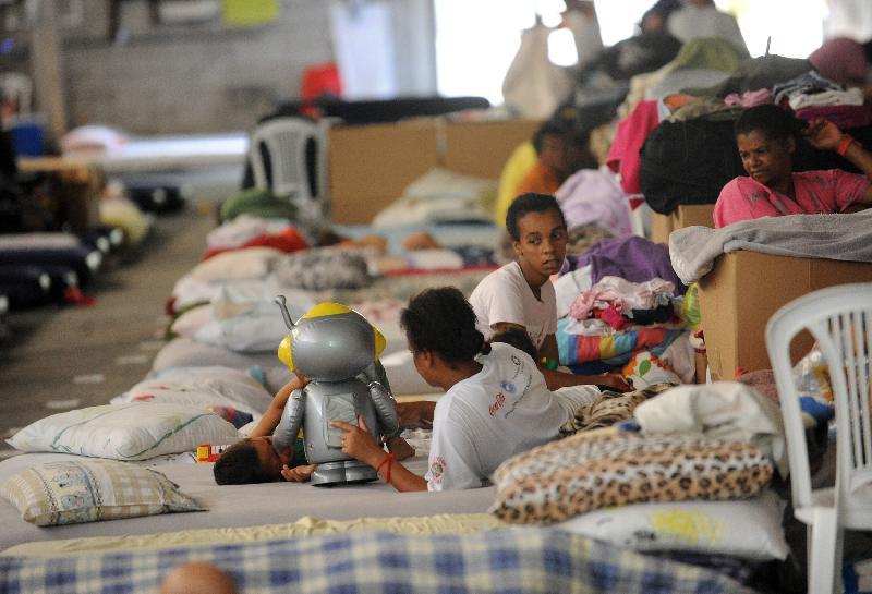 Teresópolis, 22/01/2011 - Crianças alojadas em abrigos improvisados para vítimas das chuvas brincam como se estivessem em casa