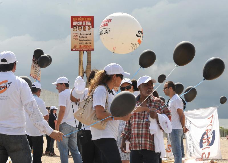 Brasília, 28 de Janeiro de 2010 - Auditores fiscais do trabalho fazem manifestação, em frente ao STF, na 1ª Semana Nacional de Combate ao Trabalho Escravo e pedem punição para os acusados da chacina de Unaí (MG) Foto: Antonio Cruz/ABr