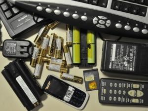 Crescimento do lixo eletrônico ameaça a saúde da população e o meio ambiente