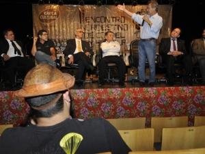 Repentistas e cordelistas criam sindicato nacional, em Bras�lia
