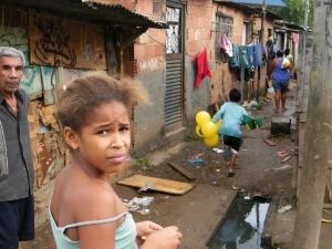Pesquisa aponta que serviço de saneamento básico é precário em todo o país