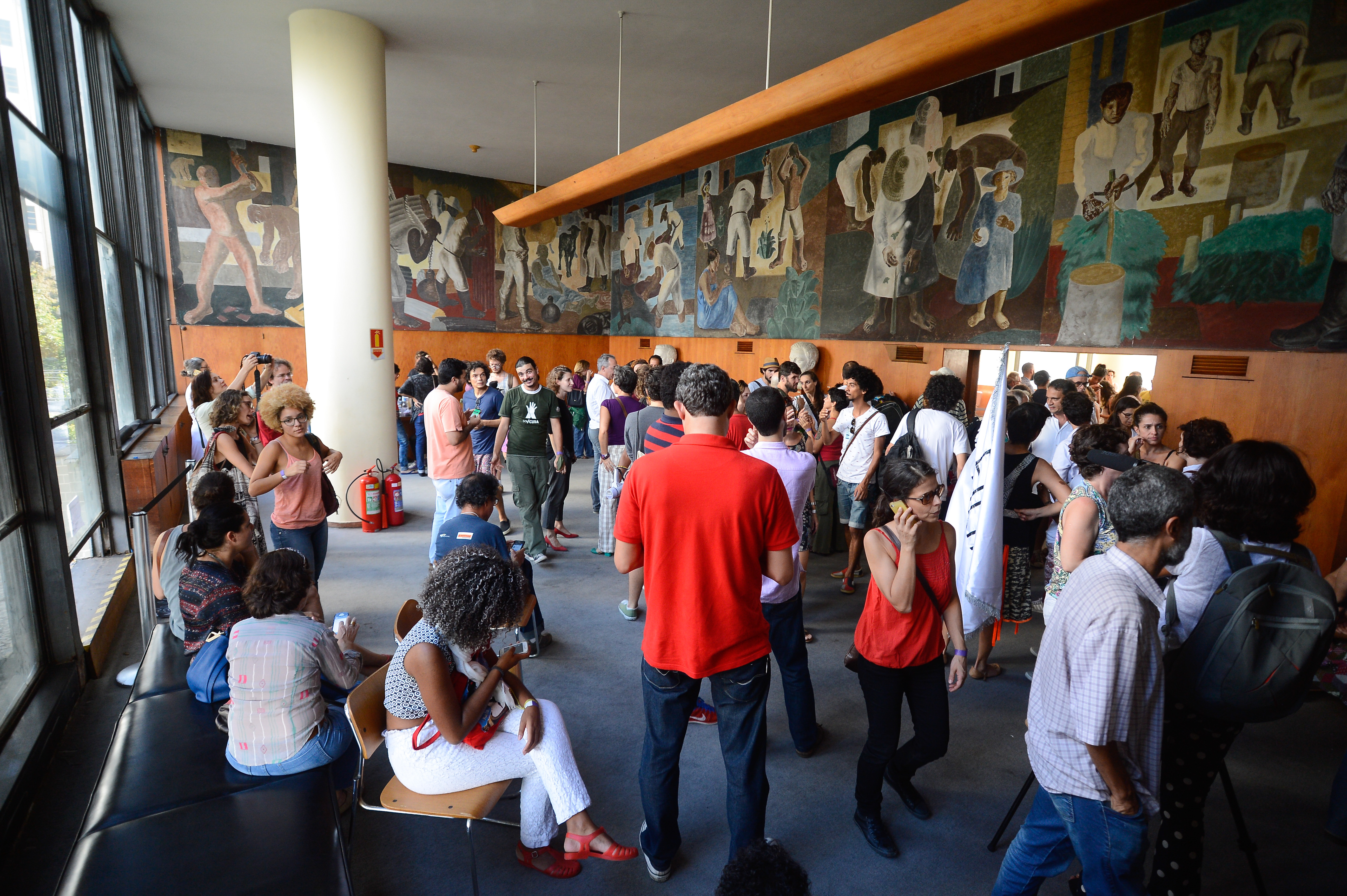 art color capanema pr : Brazil Protesters Occupy Recently Defunct Ministry Of Culture In Rio Ag Ncia Brasil