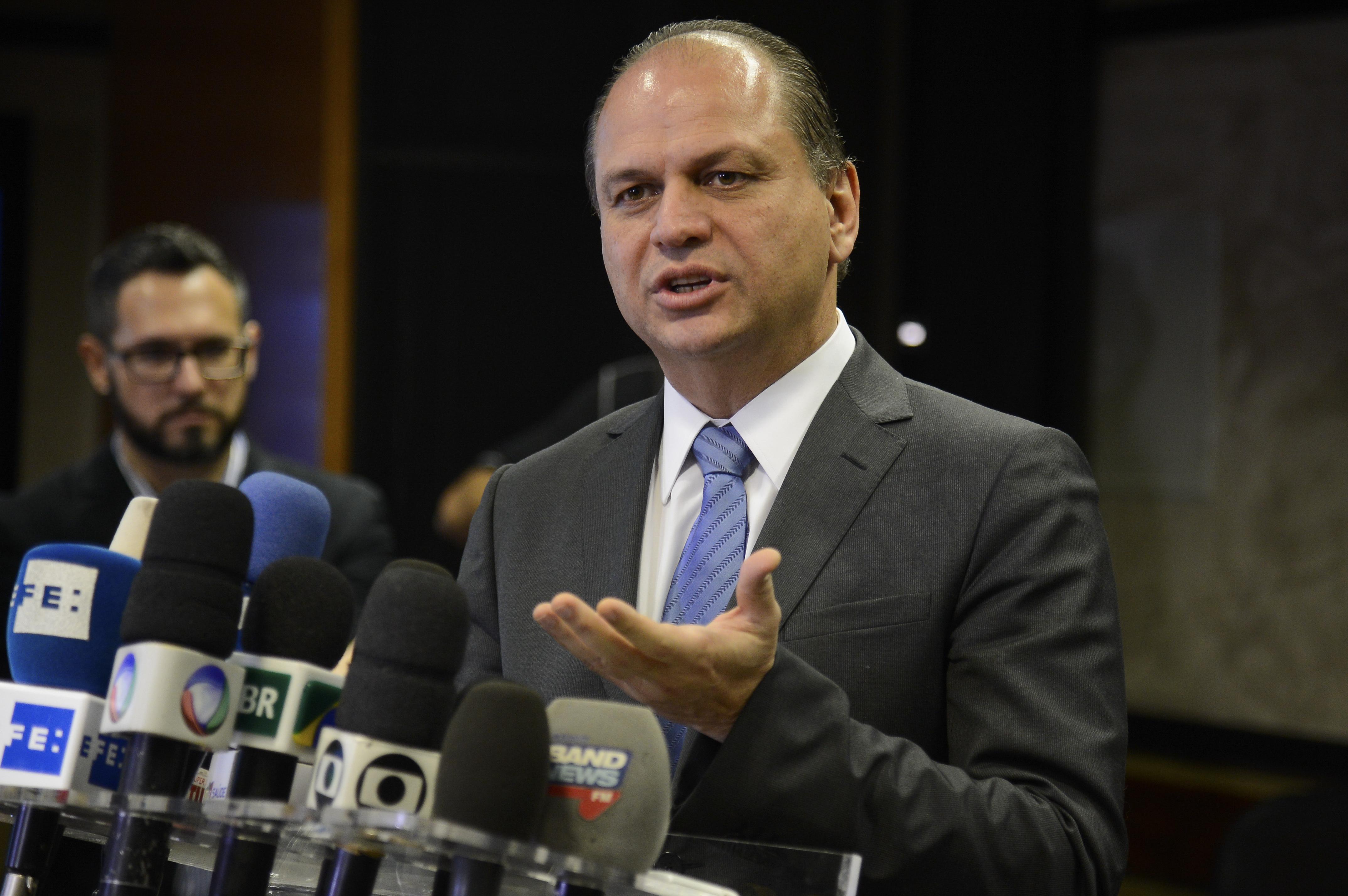 Resultado de imagem para O ministro da Saúde, Ricardo Barros,