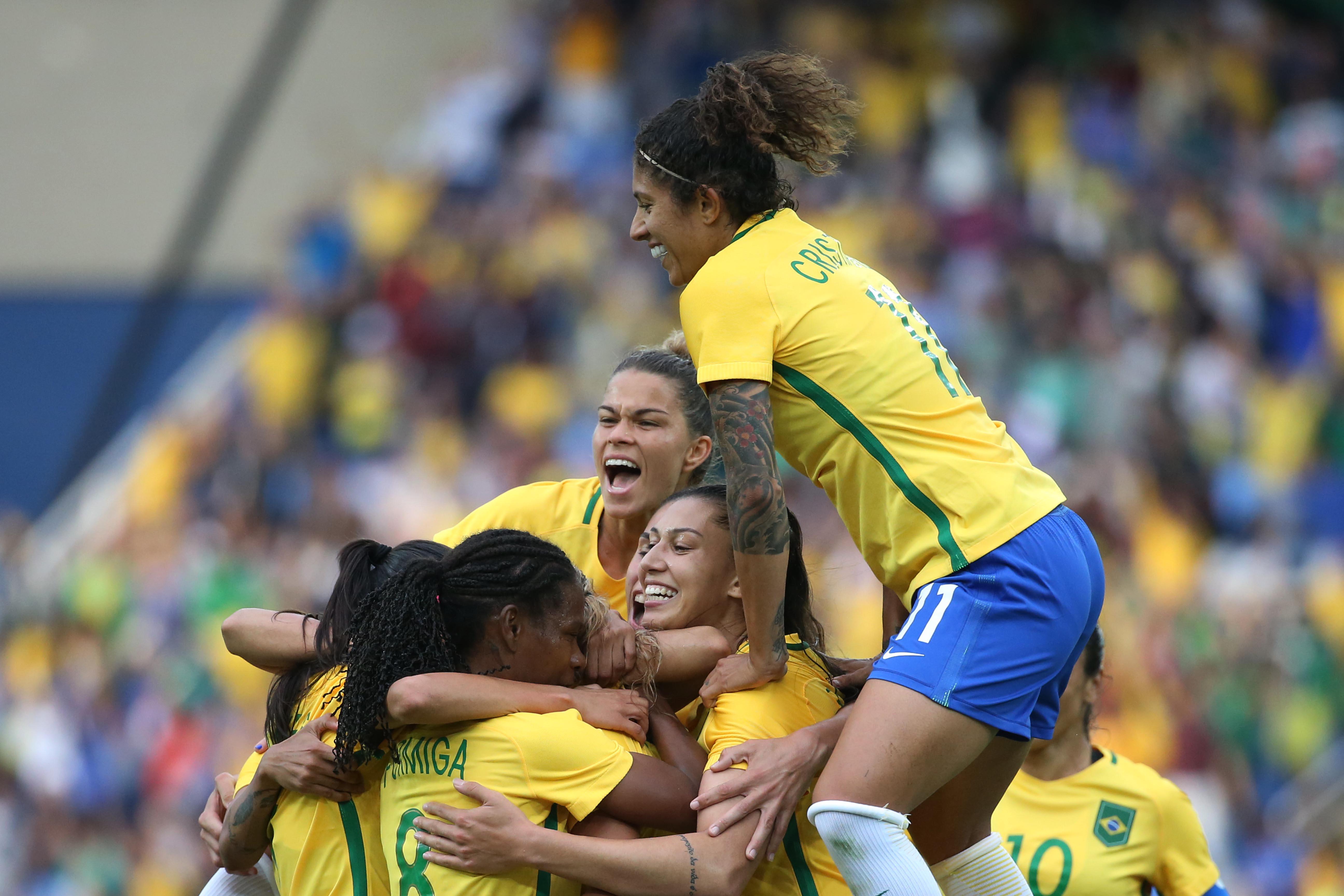 Seleção feminina se mantém invicta em estreias de Jogos Olímpicos ... c8062914ea068