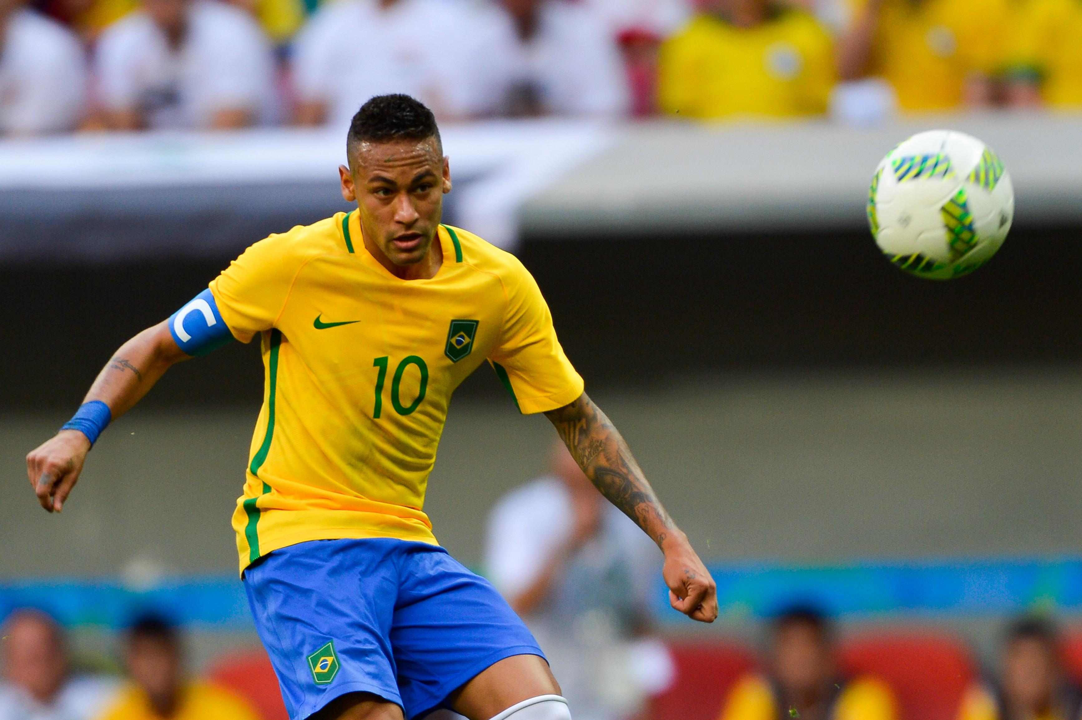 Brasília - Seleção olímpica brasileira de futebol estreia nas Olimpíadas  com empate sem gols contra a 19ef51fab0509