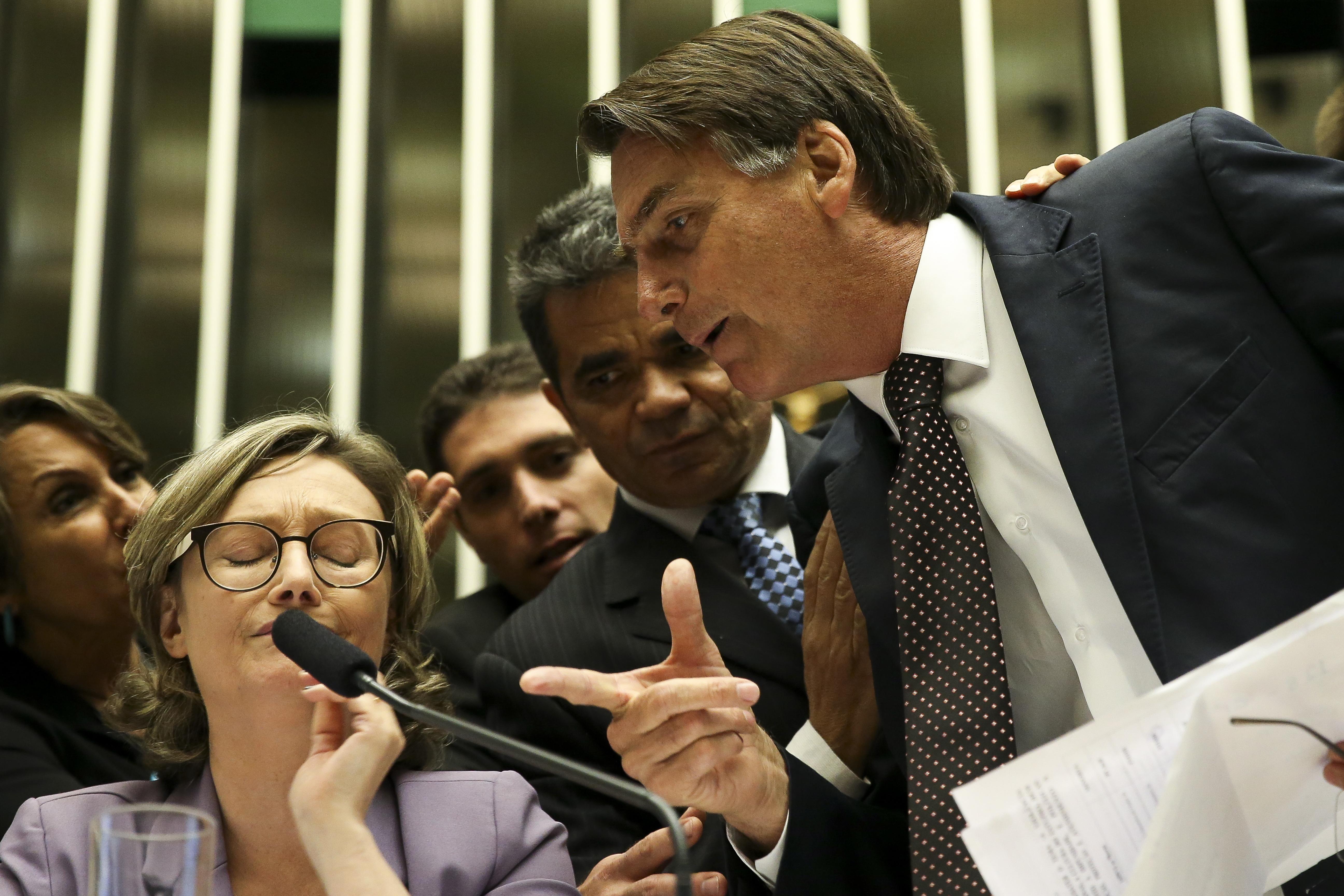Tumulto Com Bolsonaro Marca Sesso Da Cmara Sobre Violncia Contra