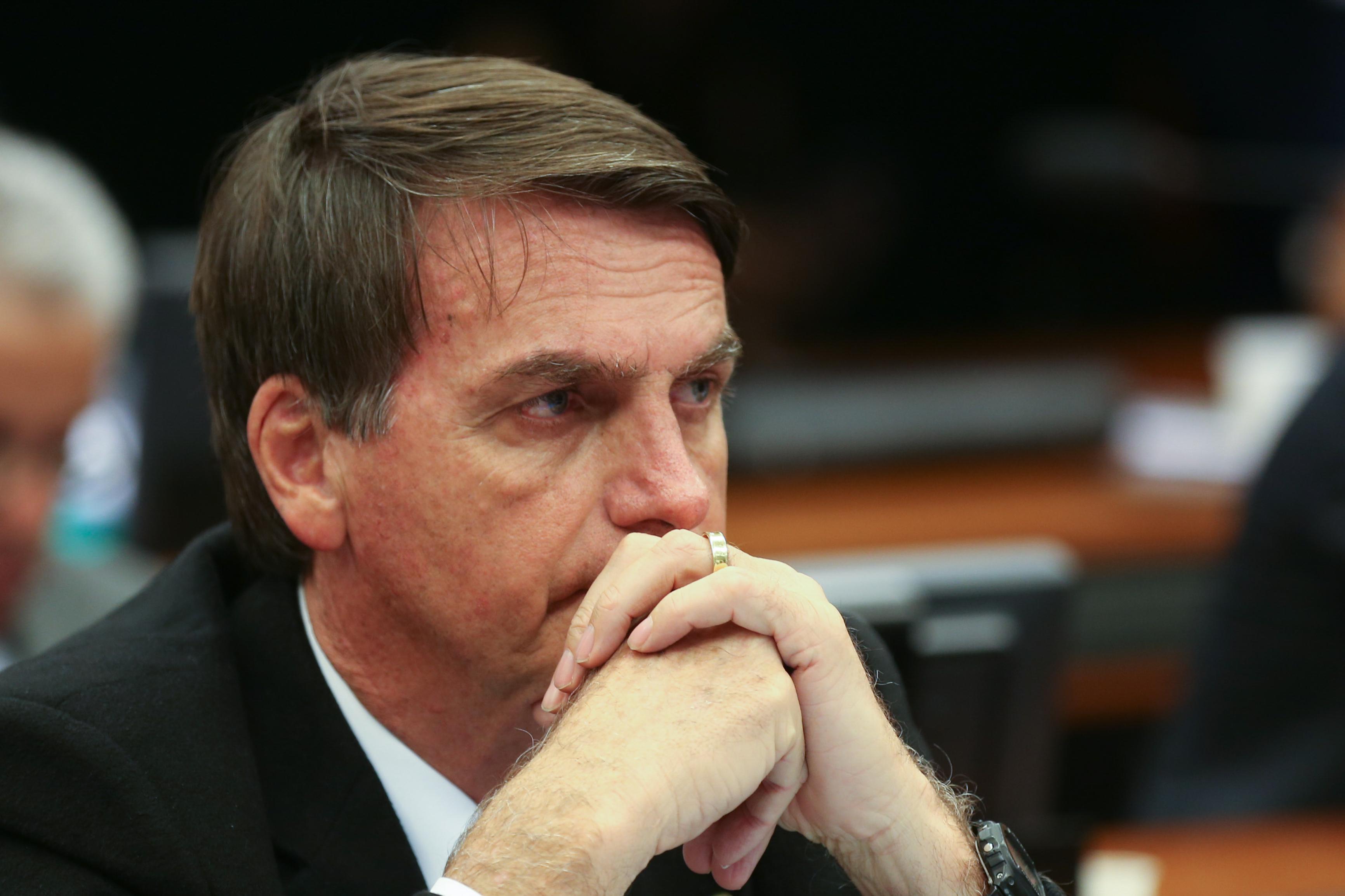 Bolsonaro pode ficar fora dos debates de televisão