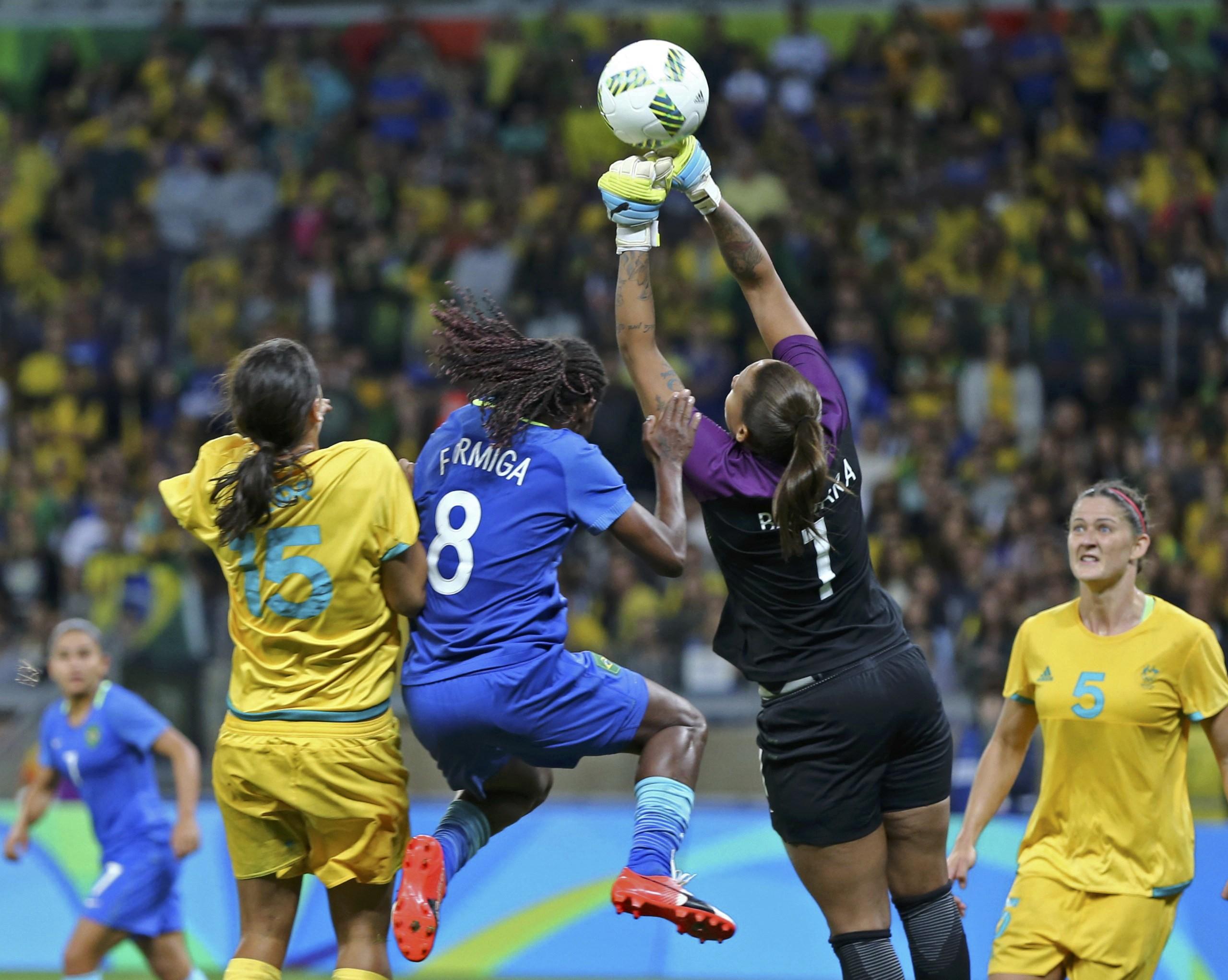Brasil supera Austrália nos pênaltis e vai à semifinal do futebol ... e769dfd57731e