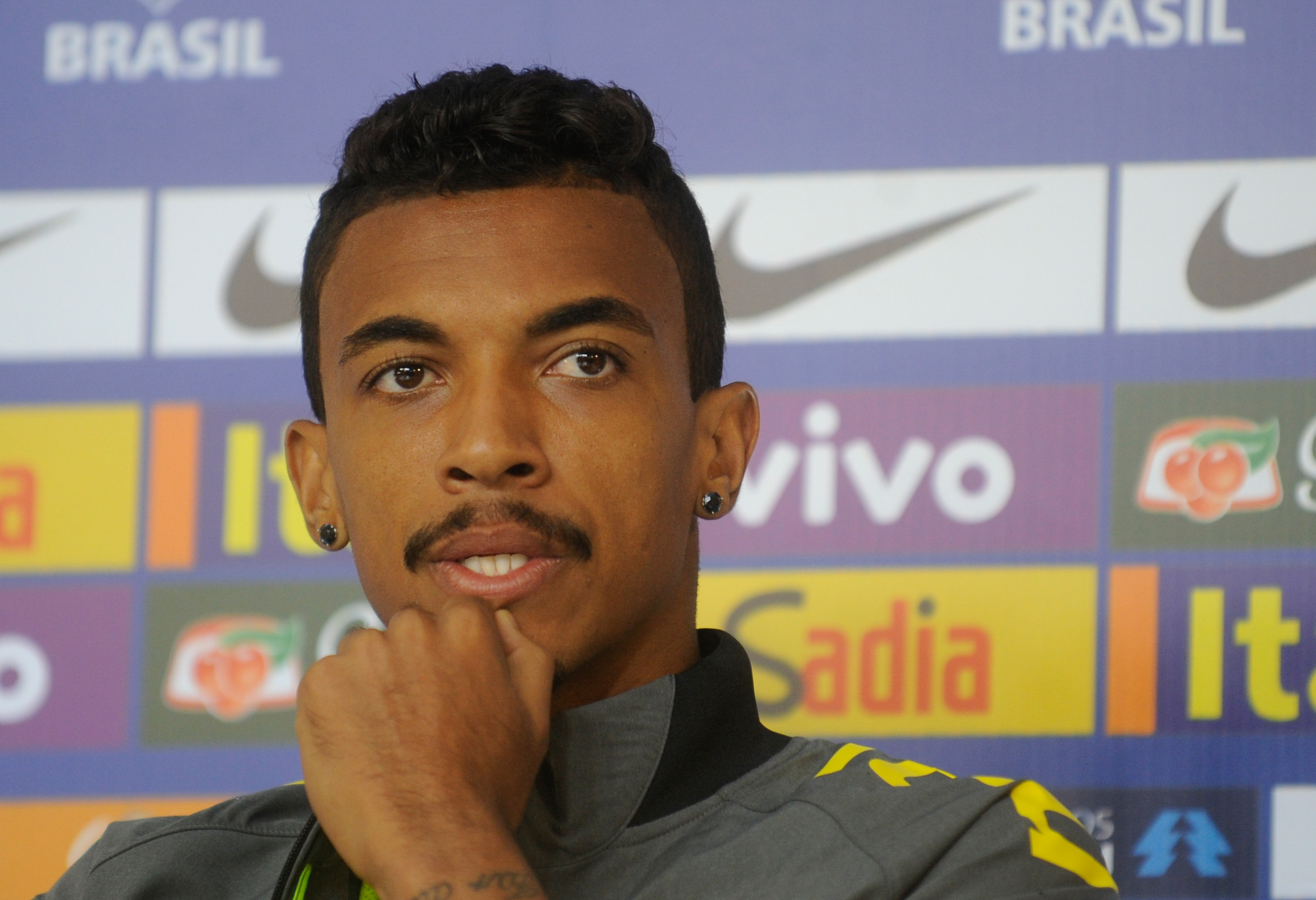 Luis Gustavo is a reliable midfielder