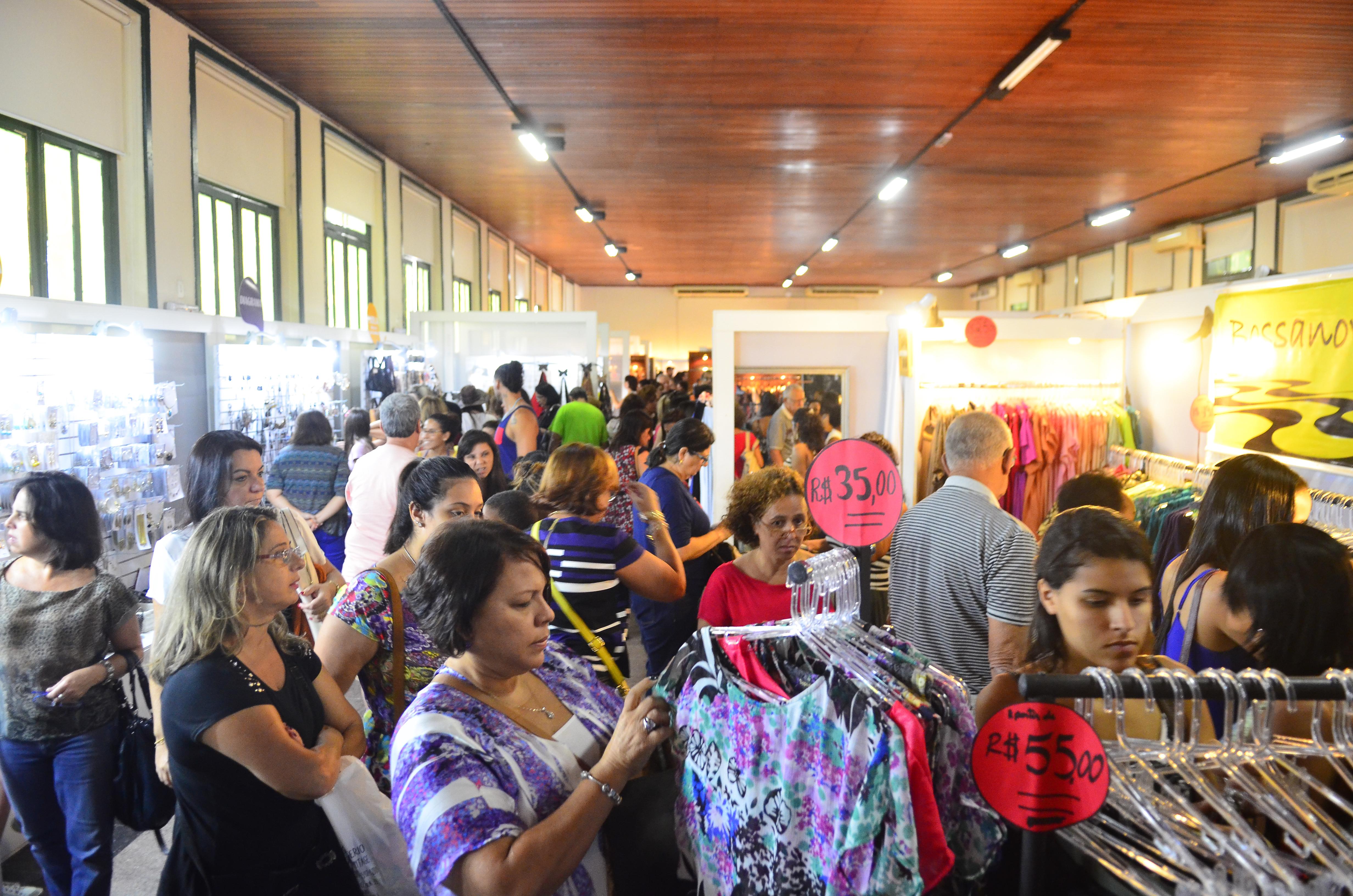 025437b50 Em sua 5 edição, o Circuito Moda Carioca evento que oferece peças de  vestuário a