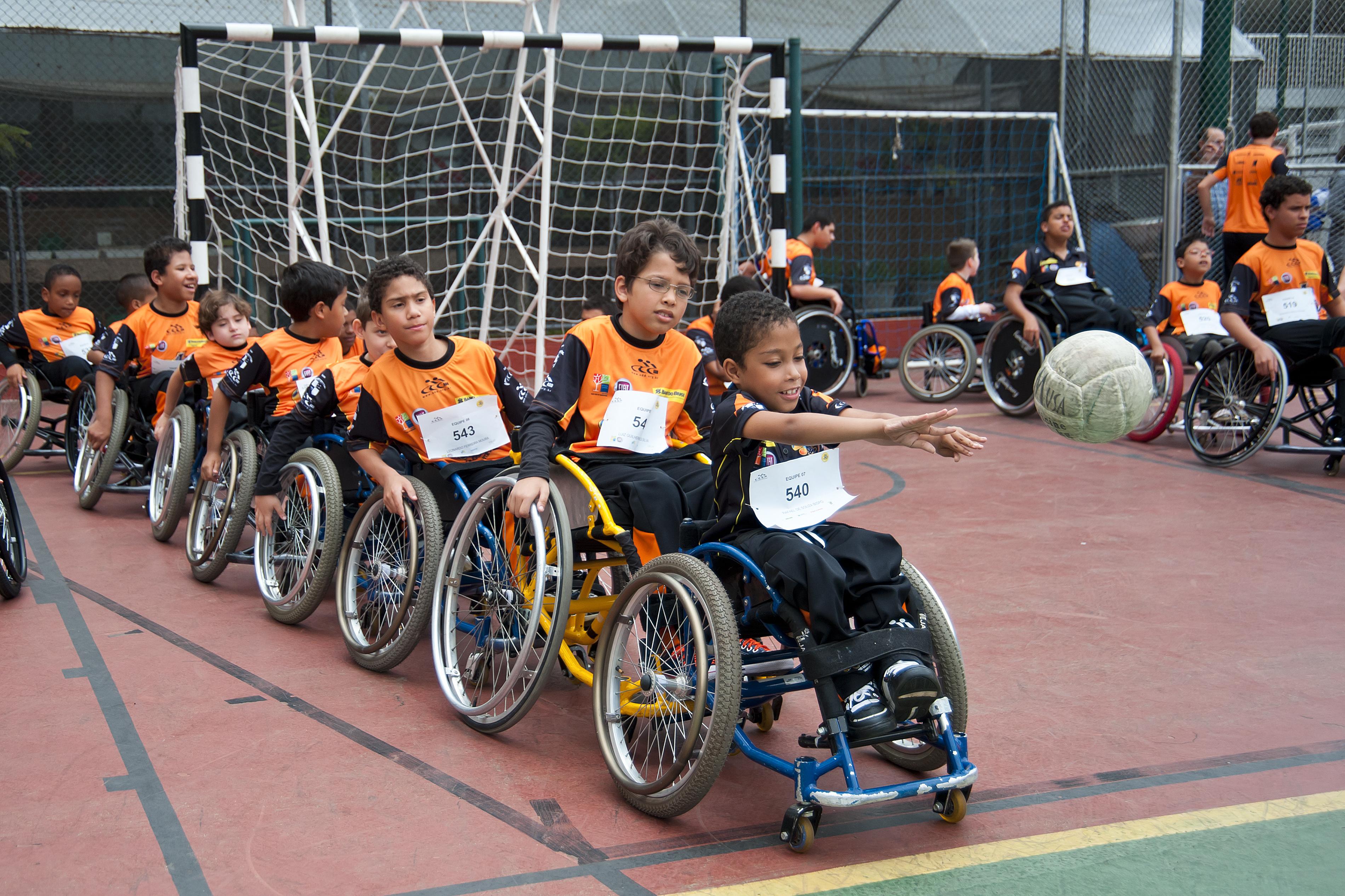 eb25a2d20 Esporte adaptado ajuda pessoa com deficiência a resgatar autoestima - Foto  Divulgação ADD