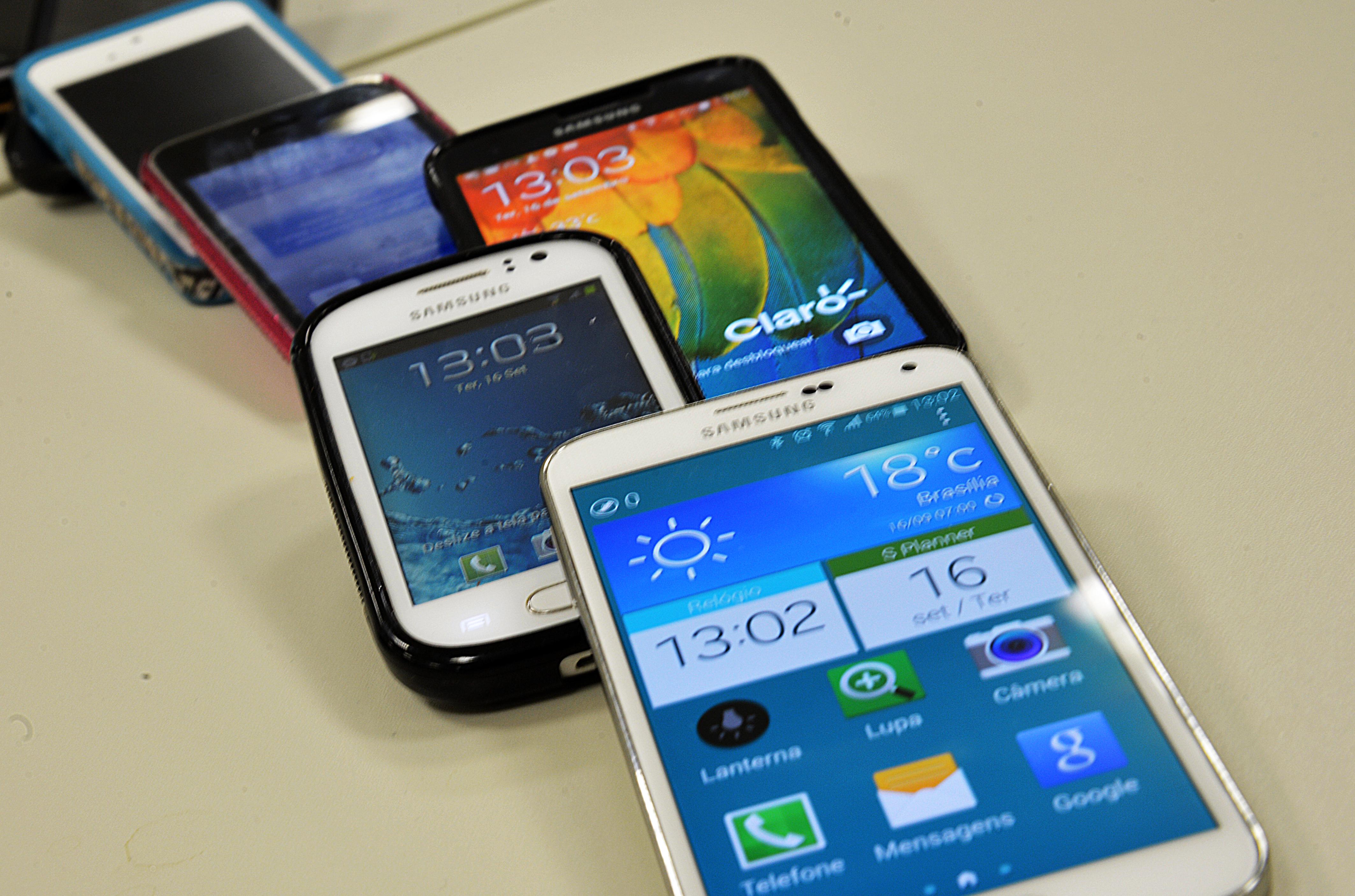 f5f0bf9e17e Venda de aparelhos celulares no Brasil aumenta 9,7% em 2017 ...