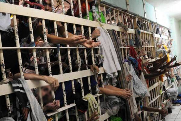Com 726 mil presos, Brasil tem terceira maior população carcerária do mundo  | Agência Brasil